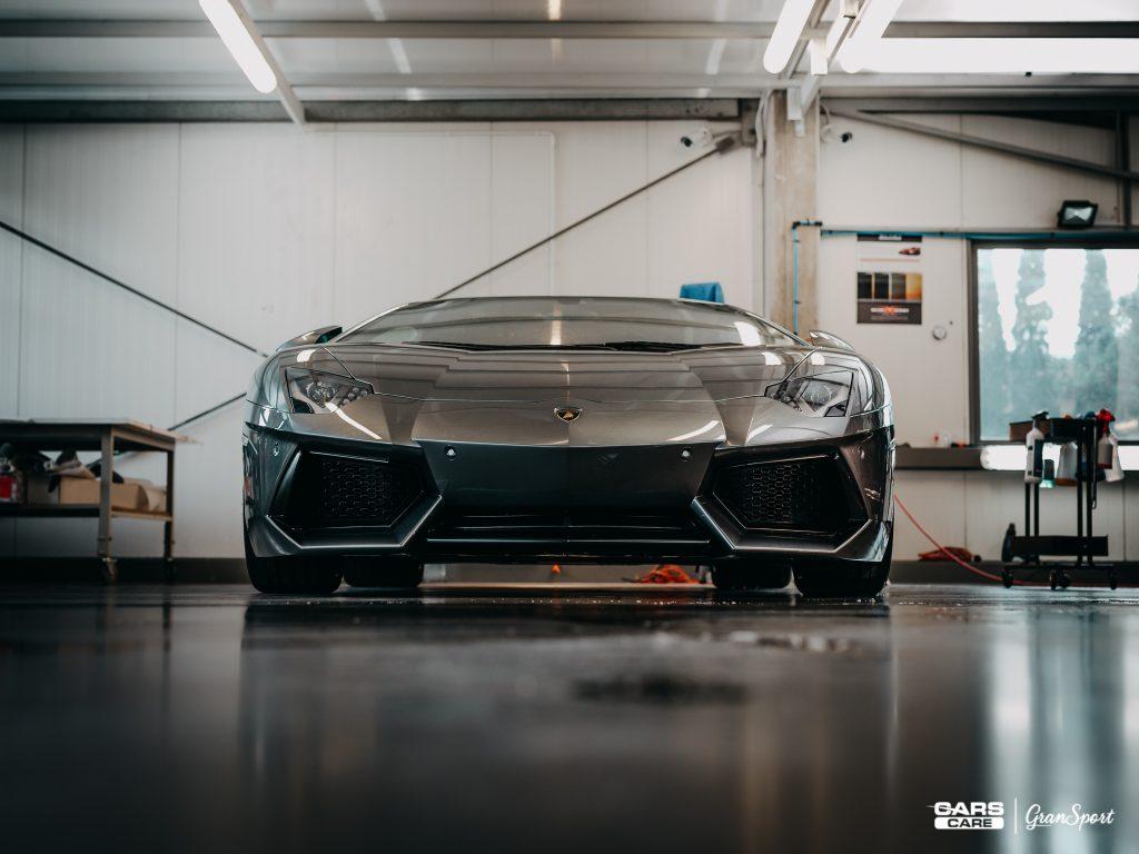 Lamborghini Aventador - detailingowe mycie auta - carscare.pl
