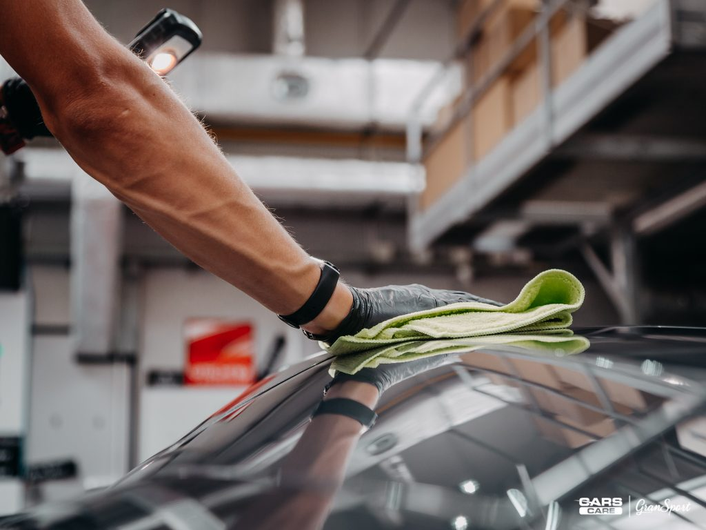 Lamborghini Aventador - korekta lakieru - carscare.pl