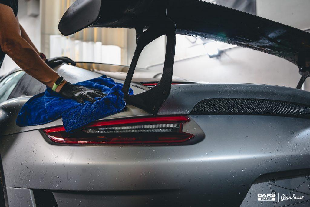 profesjonalne i kompleksowe mycie auta Poznań | Cars Care