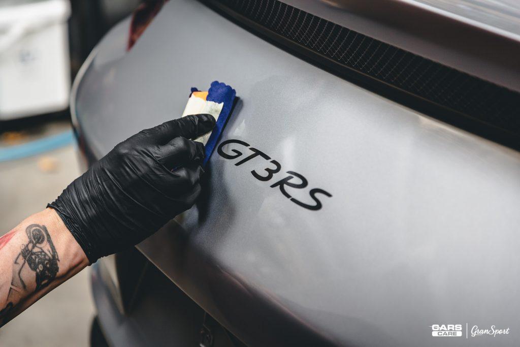 Powłoka ceramiczna na lakier Poznań | Cars Care