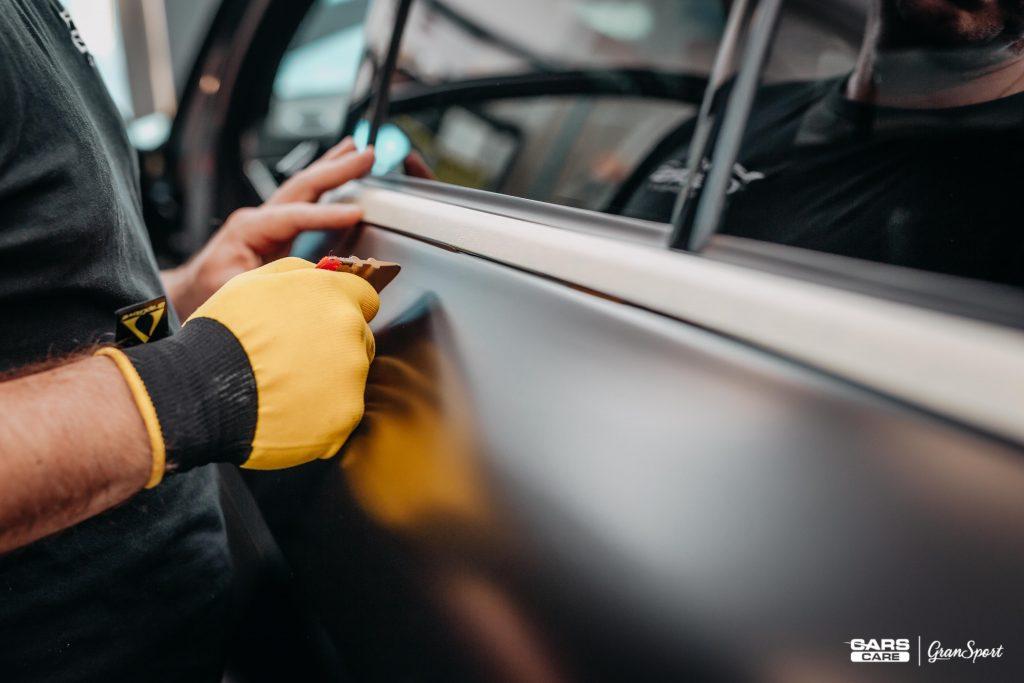 zmiana koloru auta folią Poznań | Cars Care