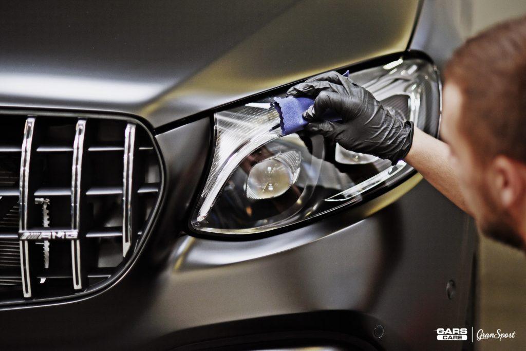 zabezpieczanie plastików w samochodzie Poznań | Cars Care