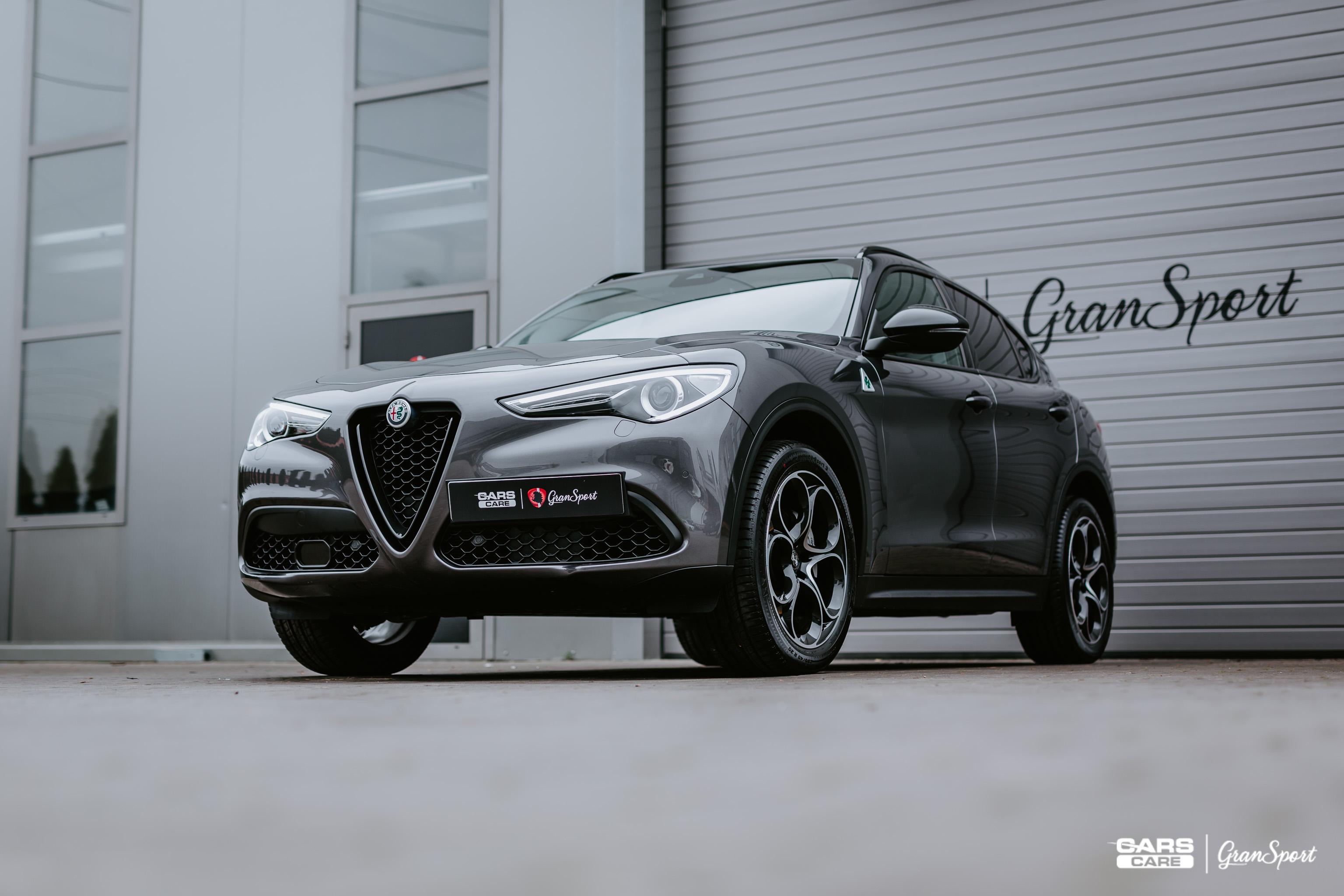 Alfa Romeo Stelvio - Bezbarwna folia ochronna - carscare.pl