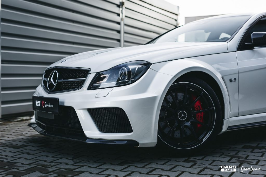 Mercedes-Benz C 63 AMG Coupe Black Series - Zabezpieczenie auta bezbarwną folią ochronną - carscare.pl