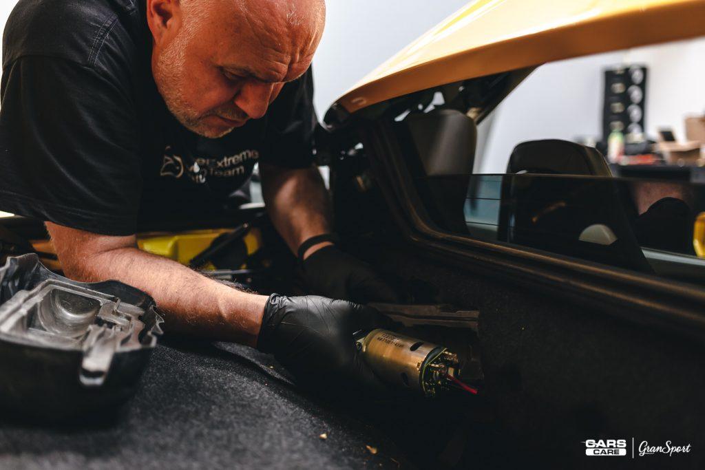 Ferrari 458 Spider - Zabezpieczenie auta bezbarwną folią ochronną - carscare.pl