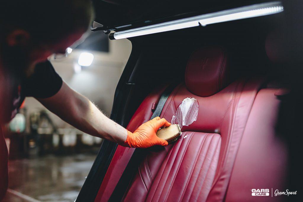 Maserati Ghibli - Renowacja tapicerki skórzanej - carscare.pl