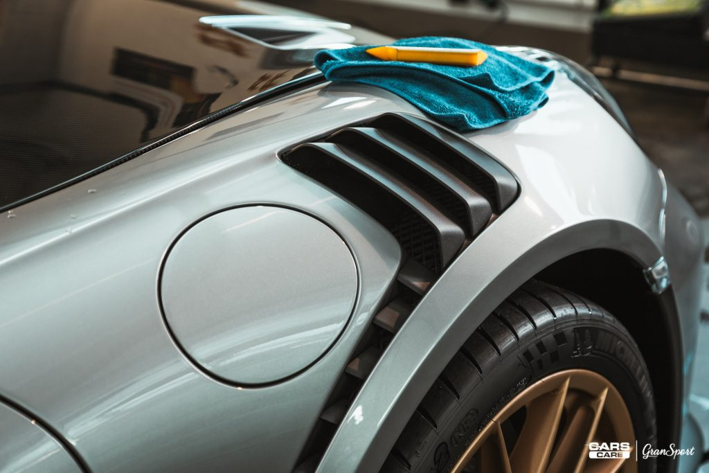 Porsche 911 GT3 RS Weissach Package - Zabezpieczenie auta bezbarwną folią ochronną - carscare.pl