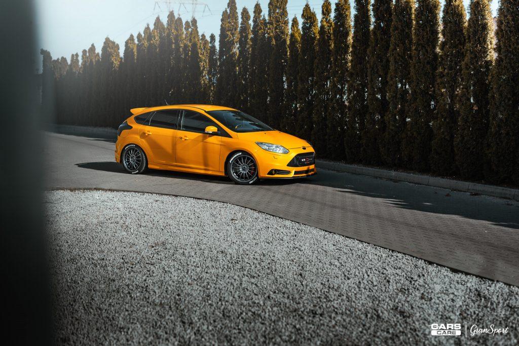 Ford Focus ST - Powłoka ceramiczna - carscare.pl