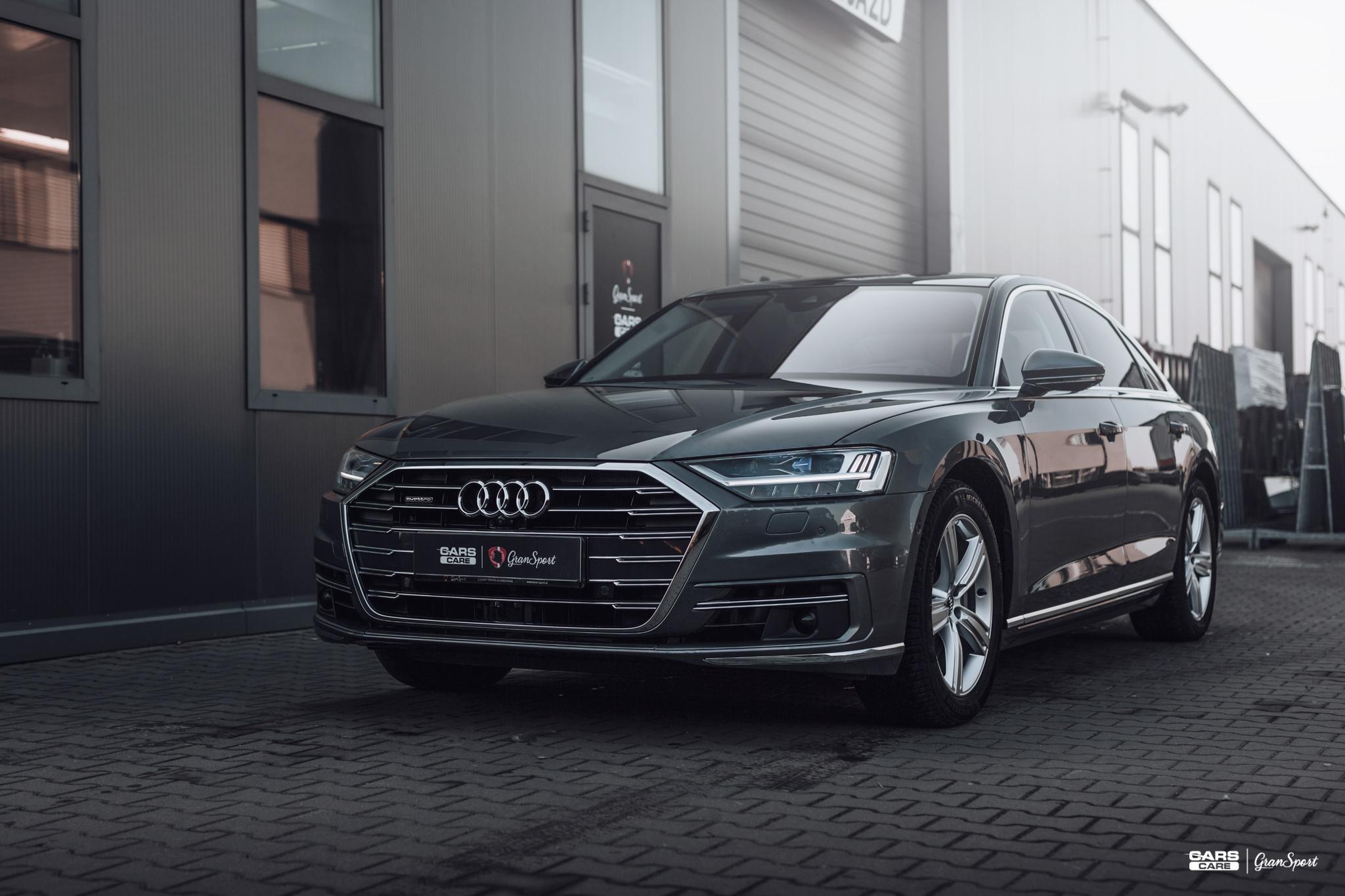 Audi A8 - Zabezpieczenie auta bezbarwną folią ochronną - carscare.pl