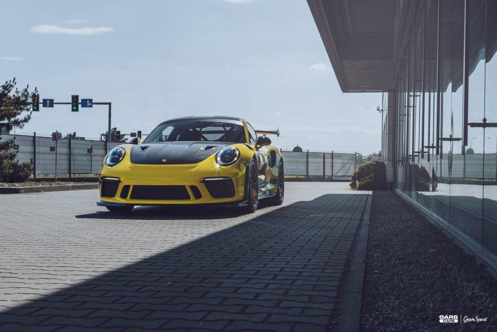 Porsche 911 GT3 RS - Zabezpieczenie auta bezbarwną folią ochronną - carscare.pl