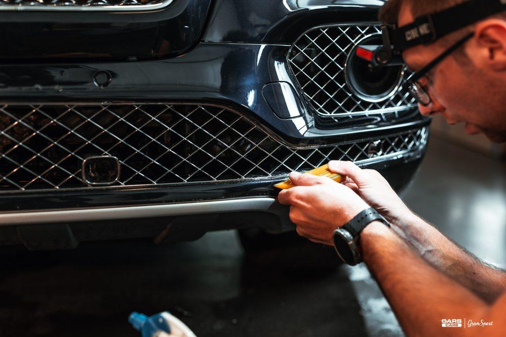 Bentley Bentayga - Zabezpieczenie auta bezbarwną folią ochronną - carscare.pl