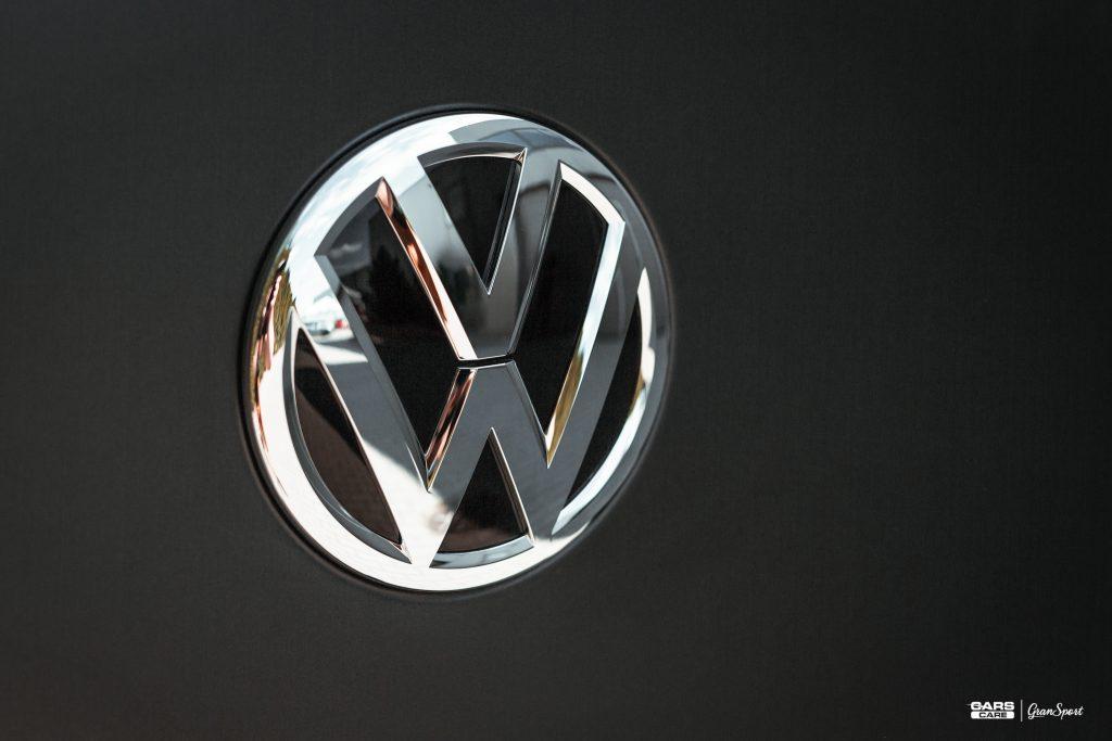 Volkswagen Amarok - Zabezpieczenie auta bezbarwną folią ochronną - carscare.pl