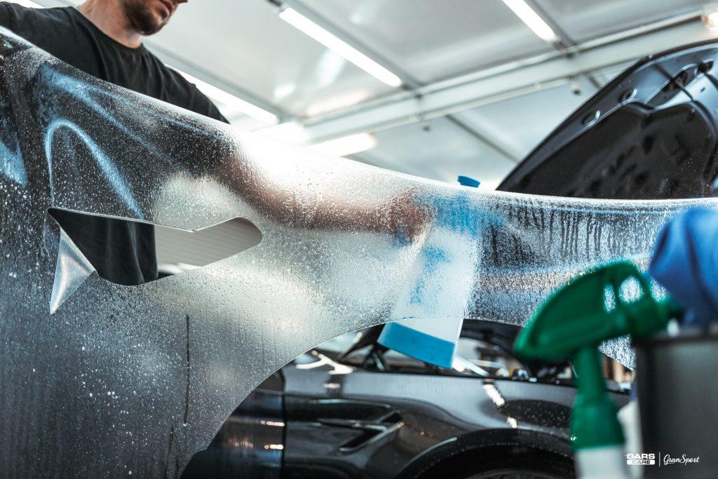 BMW M5 - Zabezpieczenie auta bezbarwną folią ochronną - carscare.pl