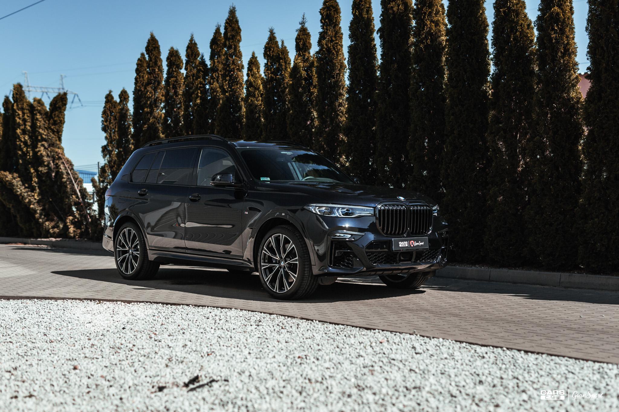 BMW X7 M50d - Zabezpieczenie auta bezbarwną folią ochronną - carscare.pl