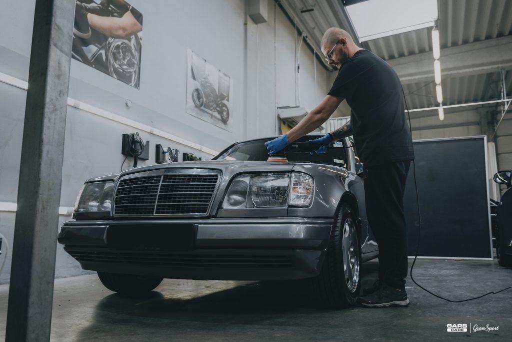 Mercedes-Benz S124 - Mycie detailingowe - carscare.pl