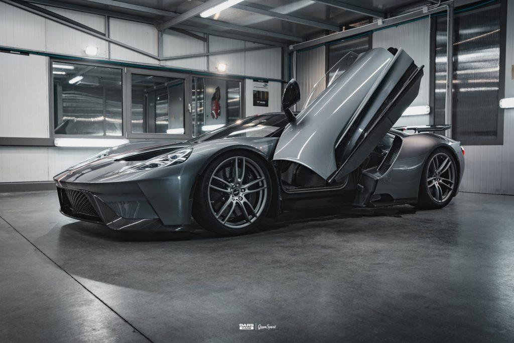 Ford GT - Zabezpieczenie auta bezbarwną folią ochronną - carscare.pl