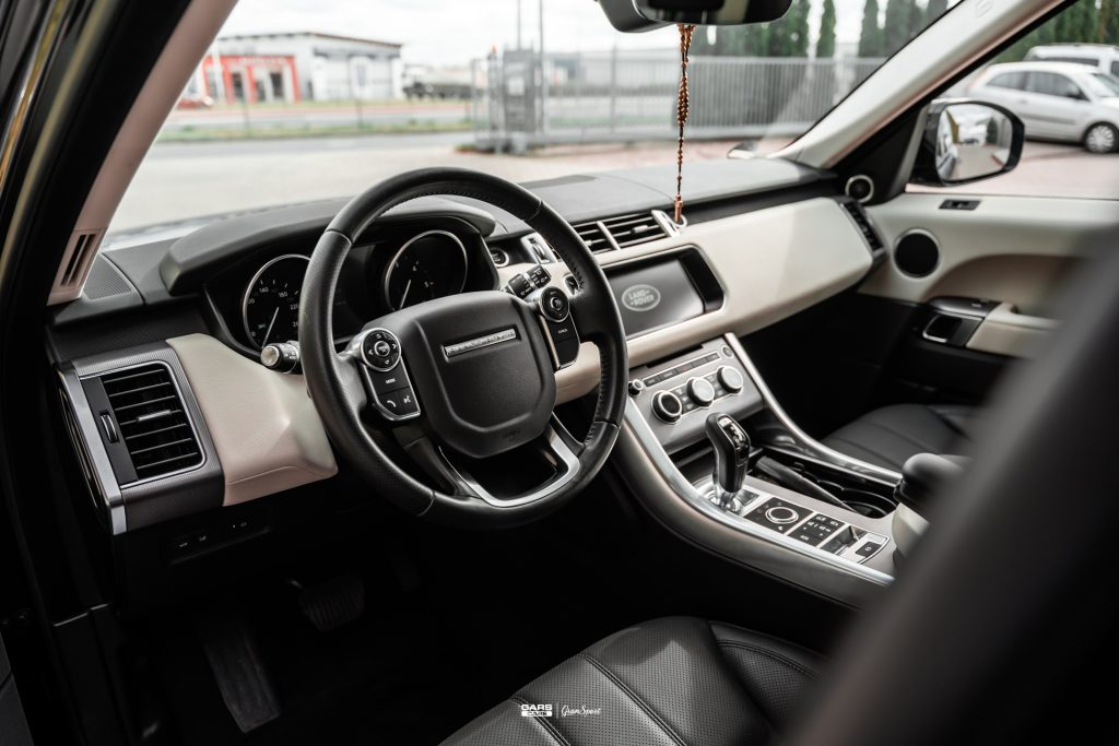 Range Rover Sport - Zabezpieczenie auta bezbarwną folią ochronną - carscare.pl