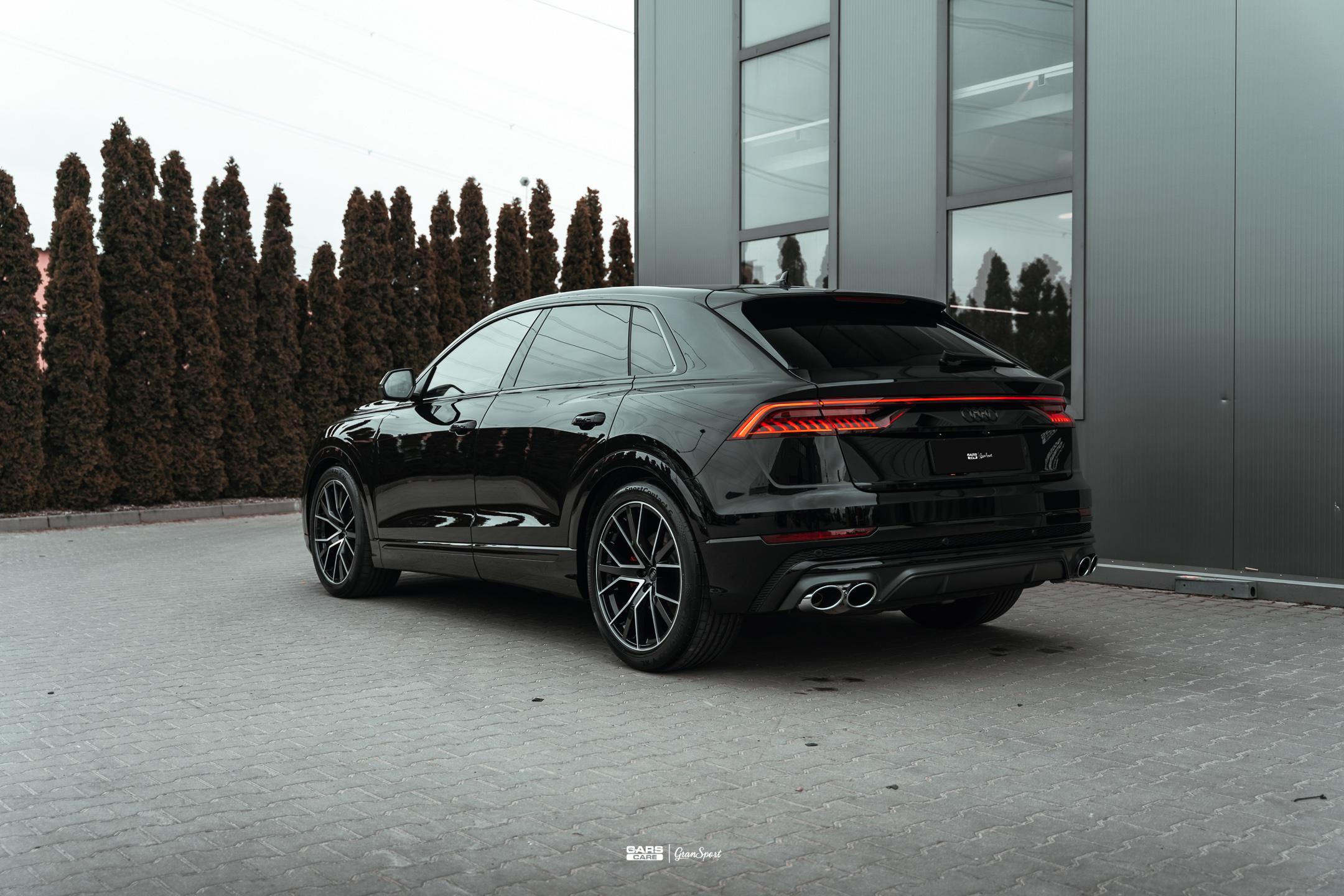 Audi SQ8 - Zabezpieczenie auta bezbarwną folią ochronną - carscare.pl