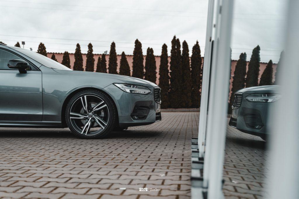 Volvo V90 - Zabezpieczenie auta bezbarwną folią ochronną - carscare.pl