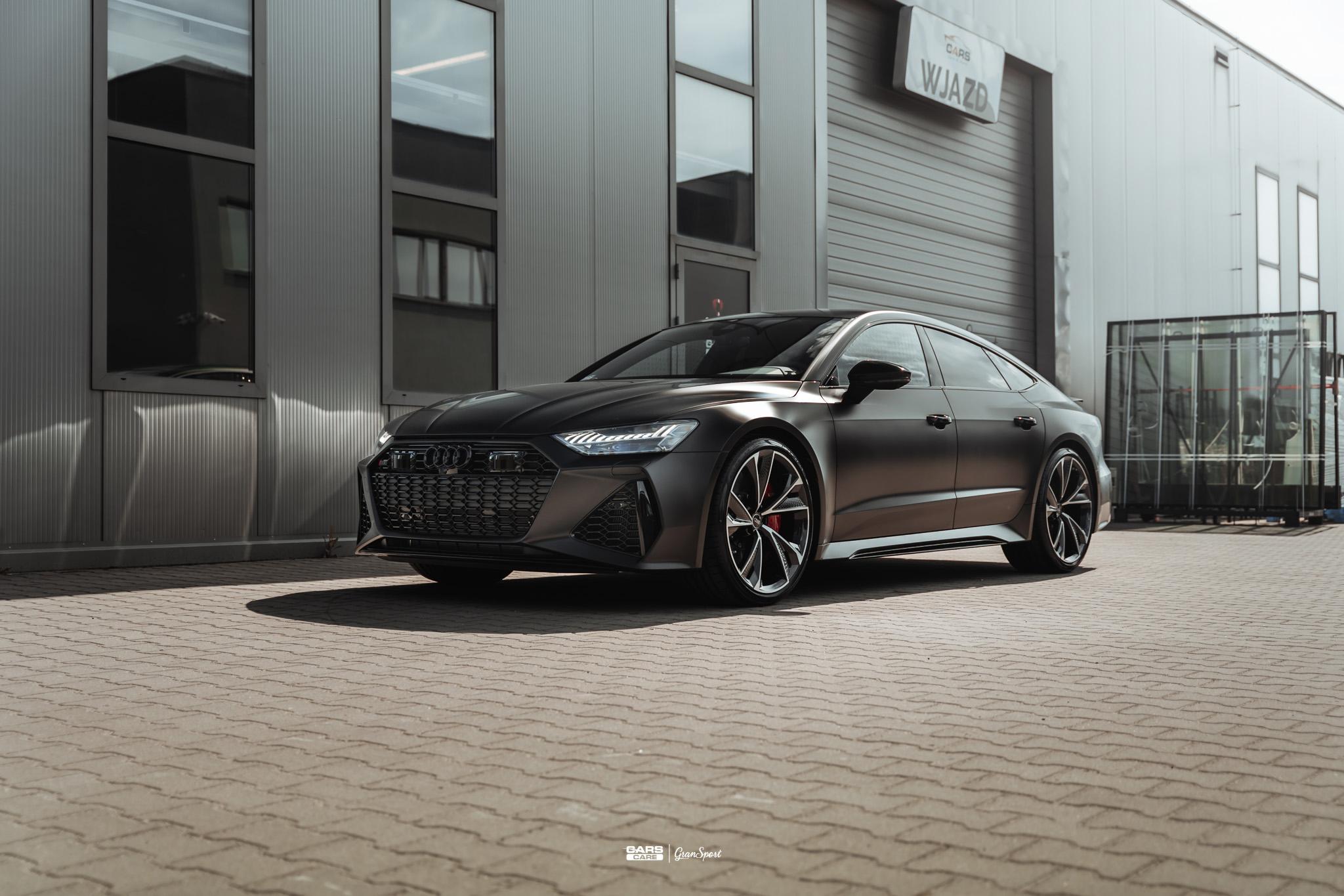 Audi RS7 - Zabezpieczenie auta bezbarwną folią ochronną - carscare.pl