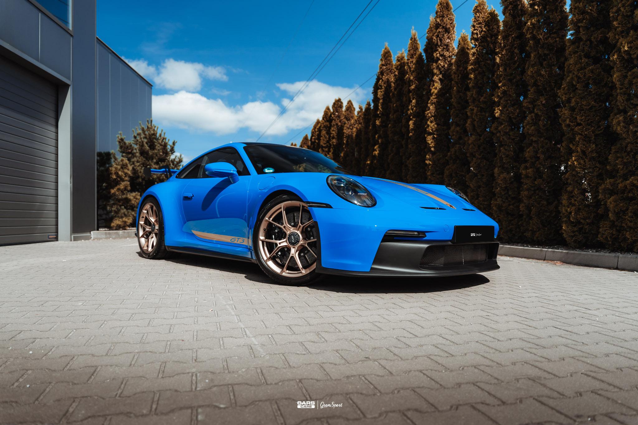 Porsche 911 992 GT3 - Zabezpieczenie auta bezbarwną folią ochronną - carscare.pl